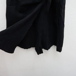 MOD REF Pants - MOD REF Women's Black V-Neck Knot Romper Skort